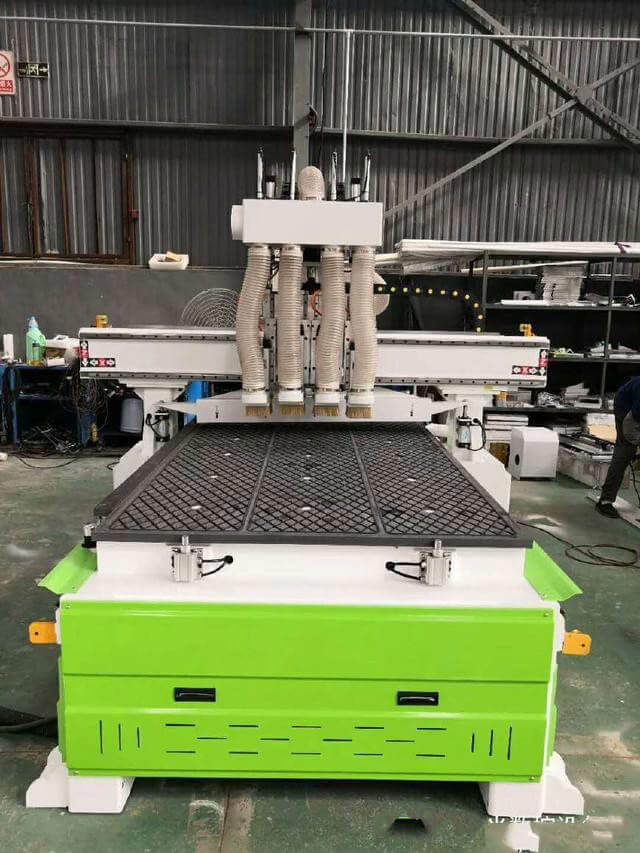 What is the Difference Between a CNC Router Machine and a CNC Engraving Machine